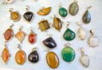 Assorted            tiger-eye, green onyx, amber, labradorite, moon , lapis gemstone sterling            silver pendant, randomly picked by warehouse staffs